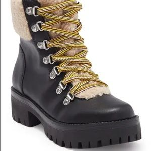 NWT Steve Madden Aniko Faux Fur Lace-Up Boot